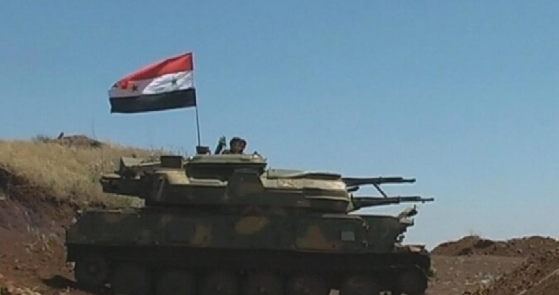 """أعلن مصدر عسكري سوري السيطرة على 21 قرية وبلدة خلال العمليات العسكرية المستمرة ضد ما تسميهم """"التنظيمات الإرهابية"""" في المنطقة الجنوبية على جانبي الحدود"""