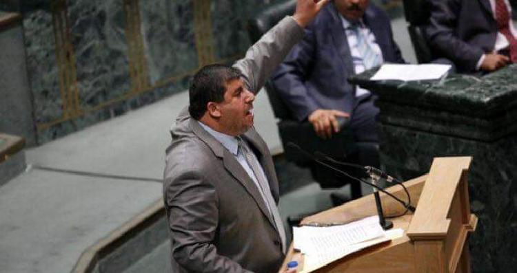 السعود يشارك في كسر حصار غزة