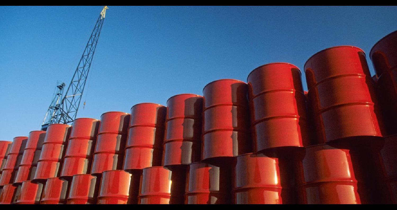 إرتفعت أسعار النفط للجلسة الثانية يوم الأربعاء بعدما أظهرت بيانات إنخفاض مخزونات الخام الأمريكية أكثر من المتوقع الأسبوع الماضي، مما هدأ المخاوف من تخ