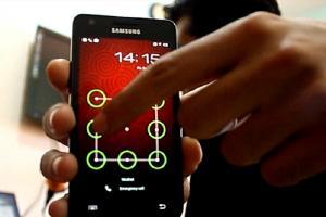 """حذر خبراء في الهواتف الذكية من حيلة بسيطة قد تؤدي إلى تخطي الرمز السري أو """"نمط الشاشة"""" وفتح أجهزة الأندرويد بطريقة سهلة"""