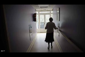 """أعلنت موسوعة """"غينيس"""" للأرقام القياسية عن وفاة أكبر معمرة في العالم، في وقت أصبح الوصول إلى عمر المائة عام بالنسبة للكثيرين أمرا هاما في الآونة الأخيرة"""