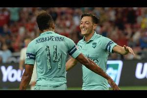 إستعرض آرسنال الإنكليزي قدراته الهجومية أمام باريس سان جيرمان الفرنسي ليفوز بنتيجة ثقيلة (5-1) السبت في سنغافورة لحساب منافسات كأس الأبطال الدولية الو