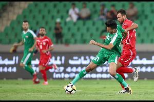 يتوجه المنتخب العراقي لكرة القدم الأربعاء إلى مدينة رام الله في أول زيارة له إلى الأراضي المحتلة، وذلك لخوض مباراة ودية مع نظيره الفلسطيني في الرابع