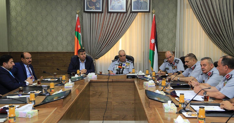 فلسطين النيابية تطلع على إجراءات الدفاع المدني في القدس