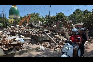 زلزال جديد يضرب جزيرة لومبوك الاندويسية