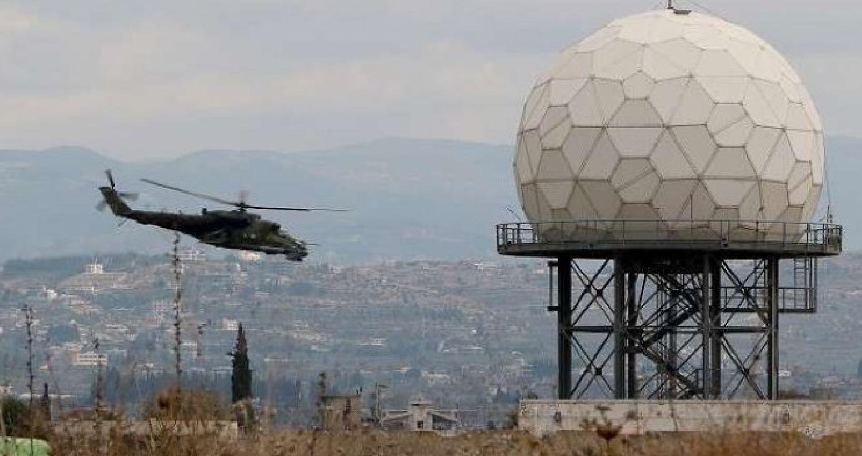 الدفاع الروسية تسقط طائرة مسيرة فوق قاعدة حميميم