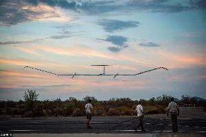 """سجلت طائرة درون تعمل بالطاقة الشمسية تابعة لشركة إيرباص الرائدة، رقما قياسيا عالميا بعد انطلاقها في رحلتها الأولى على الإطلاق، حيث تمكنت """"Zephyr S"""" من"""