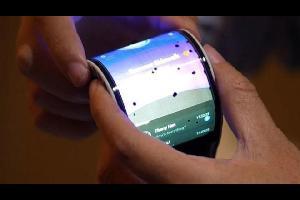 """تعمل شركة """"سامسونغ"""" على تطوير هاتفها الرئيسي القادم المسمى Galaxy S10، وذلك بعد كشفها النقاب في وقت سابق من هذا الشهر عن هاتفها الرئيسي للنصف الثاني م"""
