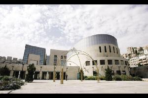 أصدرت لجنة إدارة صندوق إسكان موظفي أمانة عمان الكبرى، خلال جلسة أمس برئاسة مدير مدينة عمان المهندس عمر اللوزي، دفعة جديدة لمستحقي القروض، بلغت مليونا