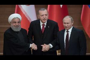 روسيا وتركيا وإيران على طاولة الحوار