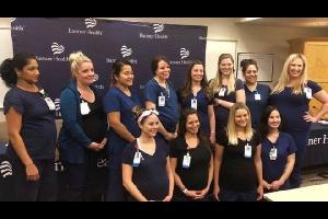ربما بات الحمل الظاهرة الأكثر إنتشاراً في مستشفى مدينة ميسا بولاية أريزونا الأمريكية، حيث يتوقع أن تلد 16 ممرضة في المستشفى في آن واحد