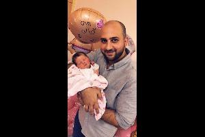 أحمد البيك يرزق بطفله