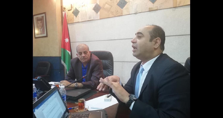 إلتقى فريق التنسيق الحكومي لحقوق الإنسان برئاسة باسل الطراونة وفدا من منظمة محامون بلا حدود، بحضور سفير حقوق الإنسان في الأردن كمال المشرقي، في إطار ا