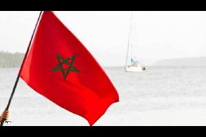 سما الاردن | أعلنت السلطات المغربية، الأربعاء، فتح تحقيق في إهانة مواطن فرنسي للعلم الوطني بعدما ظهر في صور جرى تداولها على وسائل التواصل الاجتماعي، و