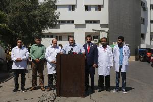 الوقود يهدد مجمع الشفاء الطبي في غزة بالتوقف عن العمل