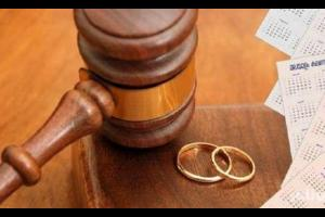 الهند تحظر الطلاق بالثلاث بين المسلمين