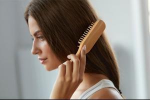6 بدائل طبيعية لمحاربة تساقط الشعر
