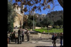 الاحتلال يغلق الحرم الابراهيمي بحجة الأعياد اليهودية
