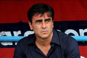 مدرب الوصل يتمنى لقاء فريق آسيوي في كأس زايد