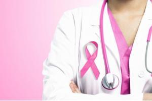 ما هي الأعراض المبكرة لمرض سرطان الثدي؟