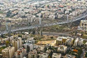 انتحار شخص من أعلى جسر عبدون