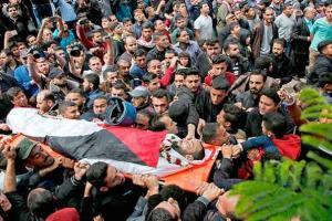 غزة تودع مئات الشهداء منذ انطلاق مسيرات العودة