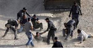 اصابات واعتقالات بالجملة في الخان الأحمر (صور)