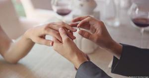 العمر الأنسب للزواج