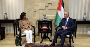 الأردن و فلسطين يجددان عقد الكهرباء
