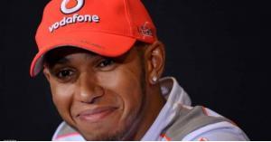 لويس هاميلتون يحرز لقبه الخامس في فورمولا 1