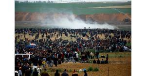 40 إصابة جراء اعتداء الاحتلال على مسيرة العودة