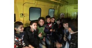 الدفاع المدني ينقذ 85 طفلا سوريا علقوا بمنتزه في اربد