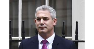 ماي تعين ستيف باركلي وزيرا جديدا لبريكست