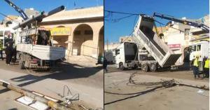 سقوط أعمدة ضغط عالي على مركبات في اربد