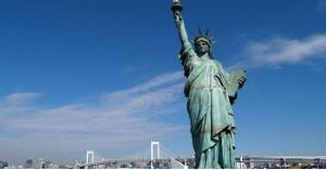 اين ذهبت شعلة تمثال الحرية الاصلية؟