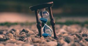 لماذا يمر الوقت ببطء عند الخطر؟