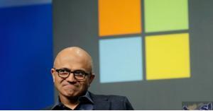 """""""مايكروسوفت"""" تعود للصدارة من جديد"""