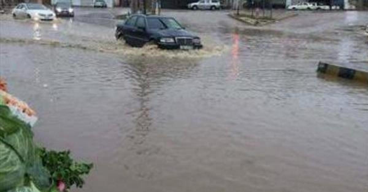 مياه الأمطار تداهم منازل بعجلون