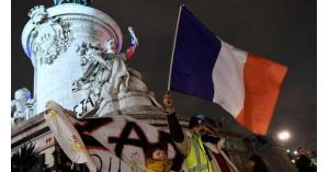 فرنسا تعلن سيطرتها على احتجاجات الستر الصفراء