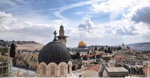 البرلمان العربي يشيد بمواقف الملك تجاه القدس