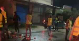 السترات الصفراء تغلق شوارع الطيبة- فيديو