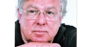 وفاة الفنان المصري حسن كامي