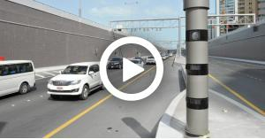 فكرة جهنمية لمنع الرادار من تصوير السيارة المخالفة.. فيديو
