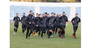 منتخب النشامى يبدأ تدريباته في الدوحة