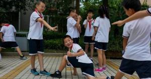 ابتكار جديد في الصين لمكافحة الهرب من المدرسة