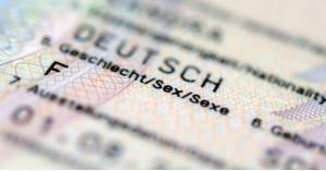 ألمانيا تضيف مزدوجي الجنس الى بطاقة الأحوال