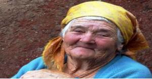 رساله حب تتلاقها مسنة بعد غياب 77 سنة
