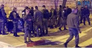 شاهد لحظة اعتقال قوات الاحتلال لشابين في القدس المحتلة.. فيديو