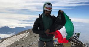 كويتي يتسلق أعلى قمة بركانية في أميركا الشمالية