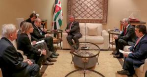الملك يؤكد لوزير الخارجية الفرنسي ضرورة الحل السياسي في سوريا